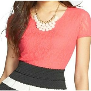 Frenchi • Floral Lace Crop Top Size: S